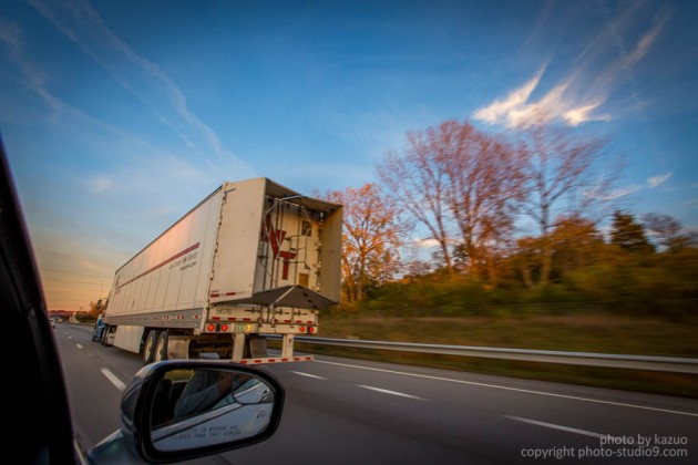 アメリカ横断ドライブ トラック